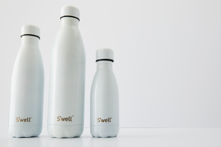 white s'well bottle