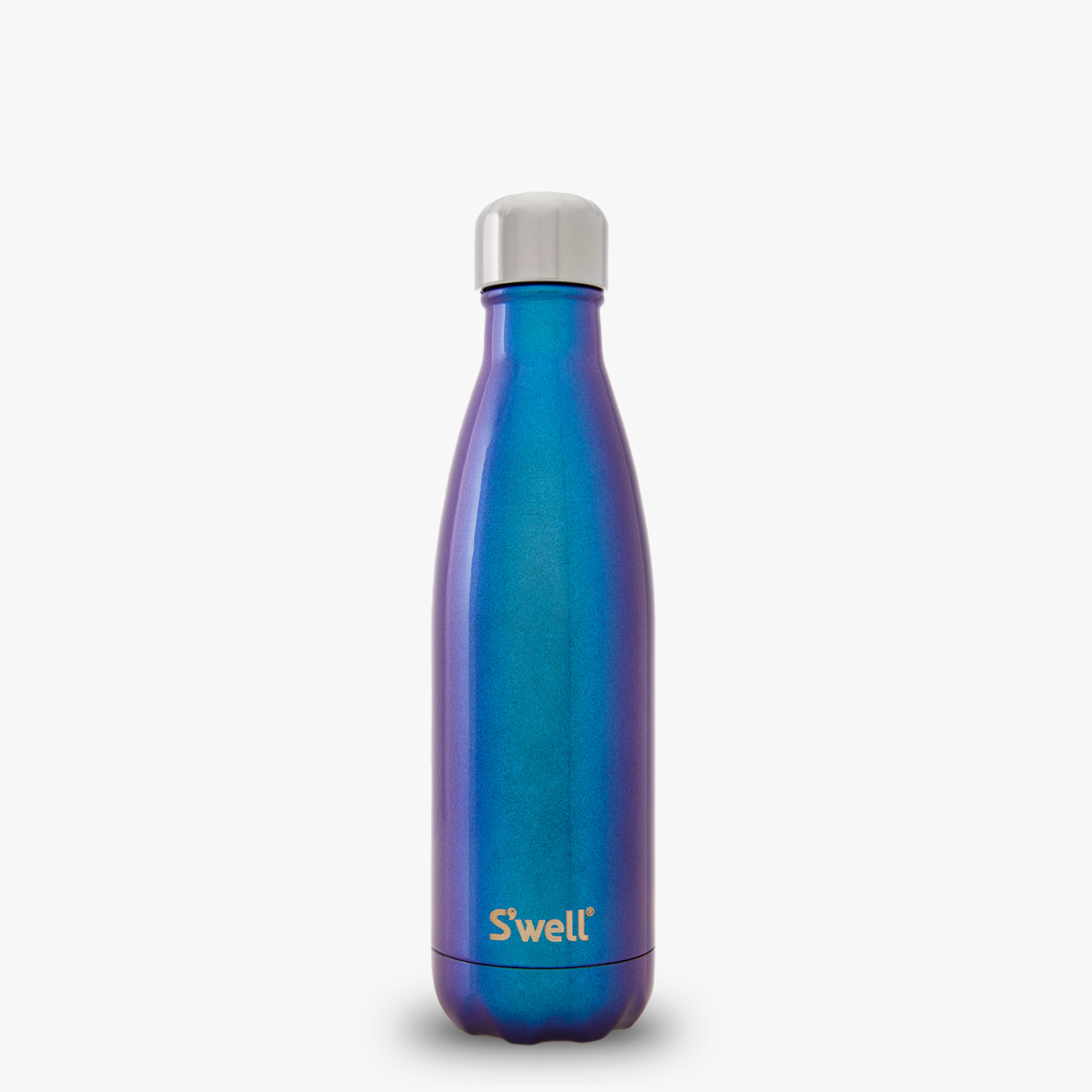 This bottle's the only one that has a textured design built into the bottle to help improve grip — great for when you're using this for sports since this bottle builds up condensation with cold water inside.