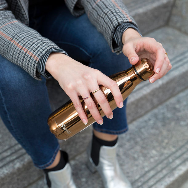 rose-gold-swell-street-style-thumb