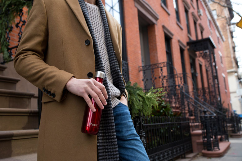 rowboat-red-swell-street-style