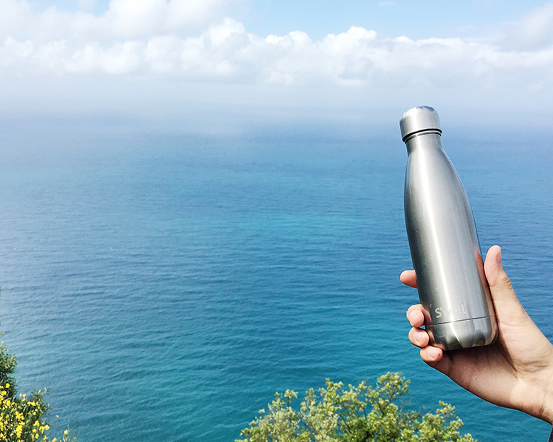 S'well bottle adventures in Italy with insulated water bottle