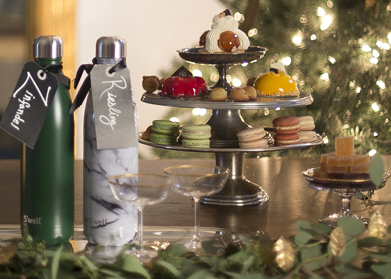 Hosting during the holidays with S'well stainless steel water bottle