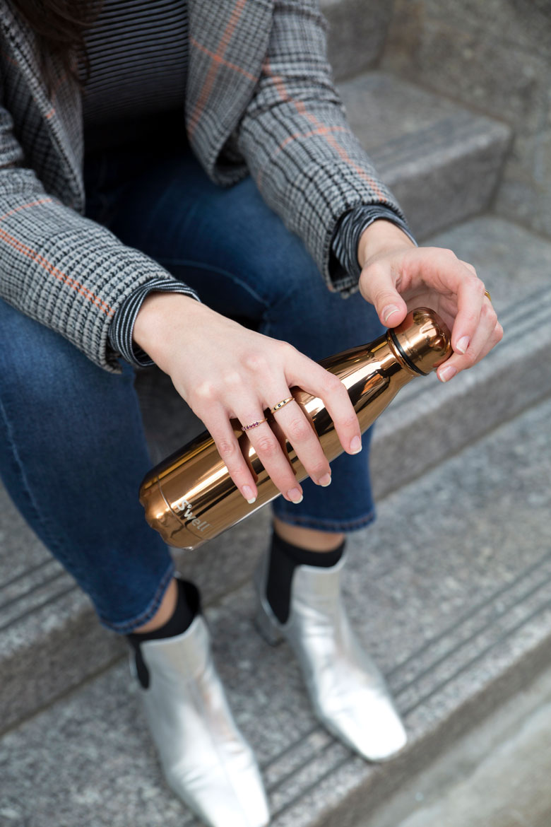 rose-gold-swell-street-style
